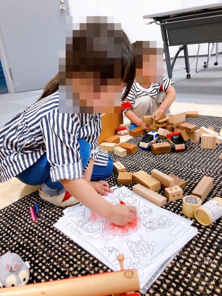 リーフアーキテクチャの家づくり勉強会では子供さんの同伴も可能です。