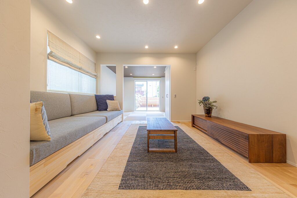 大阪で家具から始める家づくりなら大阪狭山市のリーフアーキテクチャ