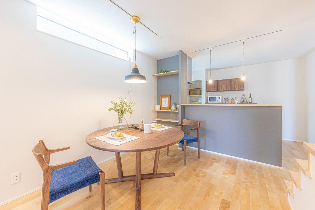 大阪で天然木の家具付き注文住宅なら大阪狭山市のリーフアーキテクチャ