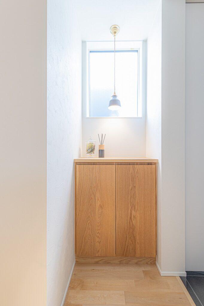 大阪で天然木の家具インテリア住宅は大阪狭山市のリーフアーキテクチャ